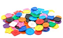 Assorted Giant Buttons (Pack of 90)