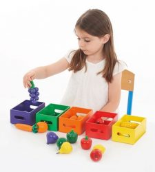 Fruit and Vegetable Colour Sorting Crates (Play Food - 25 Pieces)