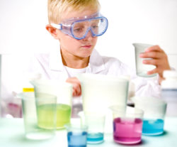 EDU-QI Translucent Beaker Set (7 Transparent Clear Jugs)